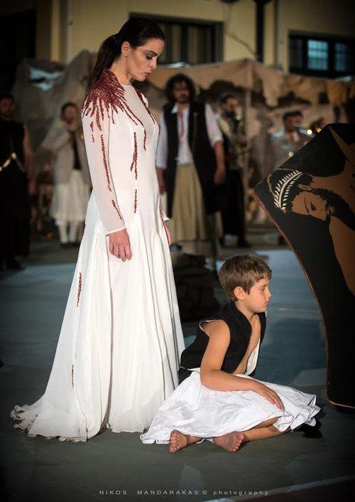 Μια εικόνα απο την παράσταση Αίας - Φεστιβάλ Αθηνών & Επιδαύρου 2015.