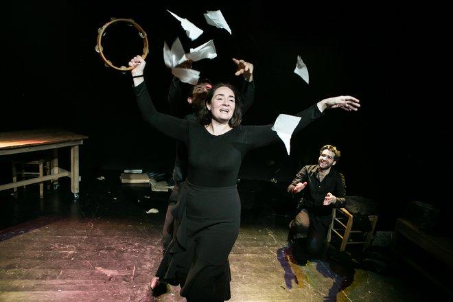 Μια εικόνα απο την παράσταση Αρίστος.