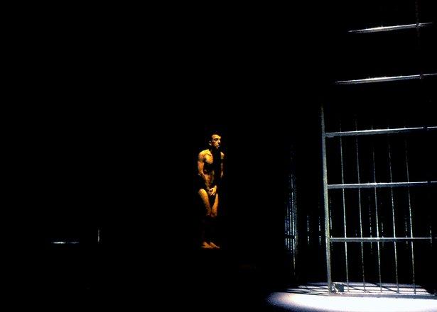 Μια εικόνα απο την παράσταση ΒΟΫΤΣΕΚ.