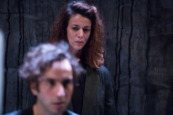Μια εικόνα απο την παράσταση Η νύχτα των δολοφόνων.