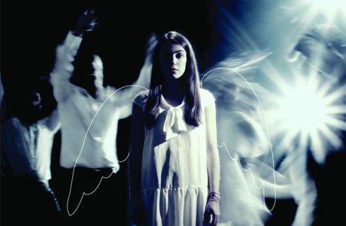 Μια εικόνα απο την παράσταση HANNELE.