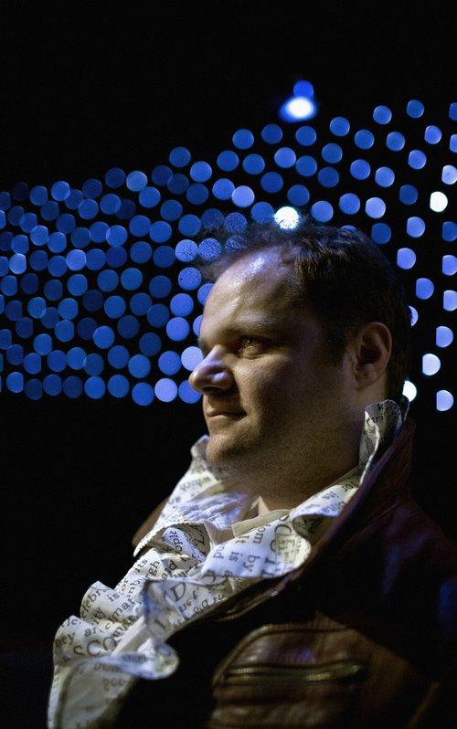 Μια εικόνα απο την παράσταση Μανδραγόρας.