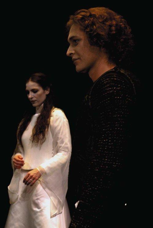Μια εικόνα απο την παράσταση ΟΘΕΛΛΟΣ.