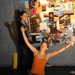 Μια εικόνα απο την παράσταση Το όνομά μου είναι Rachel Corrie.