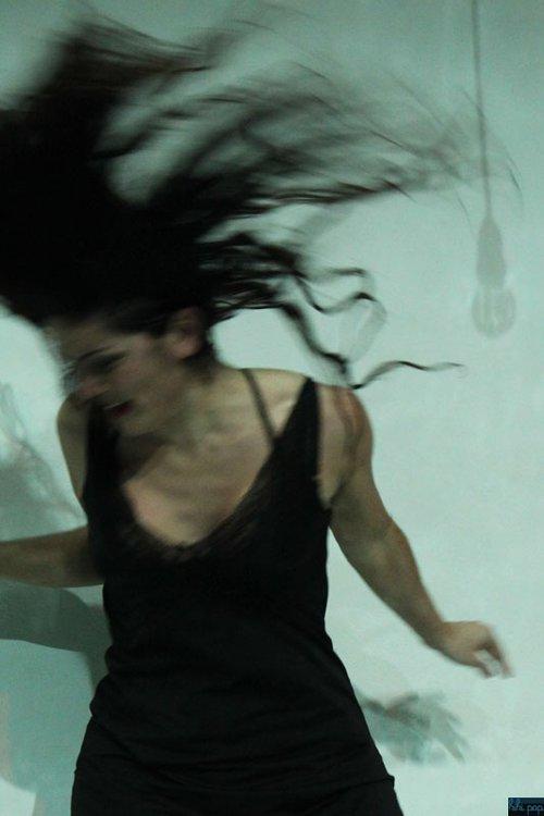Μια εικόνα απο την παράσταση ΠΕΡΣΙΝΗ ΑΡΡΑΒΩΝΙΑΣΤΙΚΙΑ.
