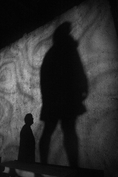 Μια εικόνα απο την παράσταση STALLERHOF.