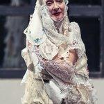Μια εικόνα απο την παράσταση Σταματία, το γένος Αργυροπούλου .