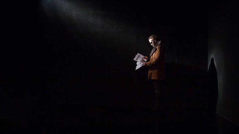 Μια εικόνα απο την παράσταση ΤΟ ΧΕΡΙ ΤΟΥ ΓΙΑΝΟΣ.